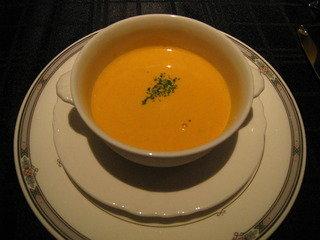 フレンチコースのスープ
