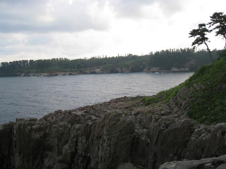東尋坊の海も綺麗です