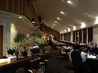 レストランは広い