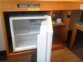 空の冷蔵庫♪