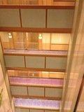 各階の絨毯