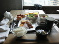 平日よりかなり多い朝食