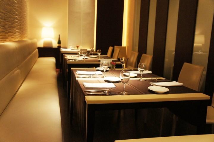 夕食レストラン