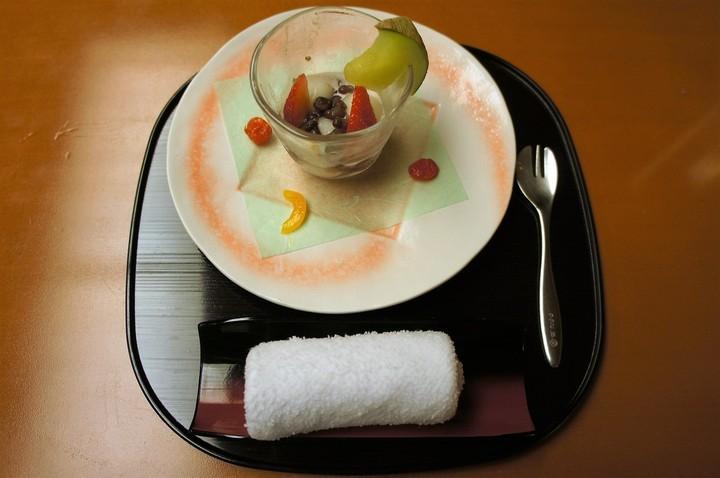 部屋食最後のデザート