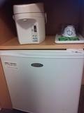 冷蔵庫、ポット
