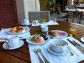 テラスの朝食