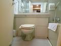 1802号室トイレとバス