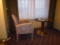 1920号室ソファーとテーブル