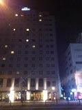 ホテル名のライト