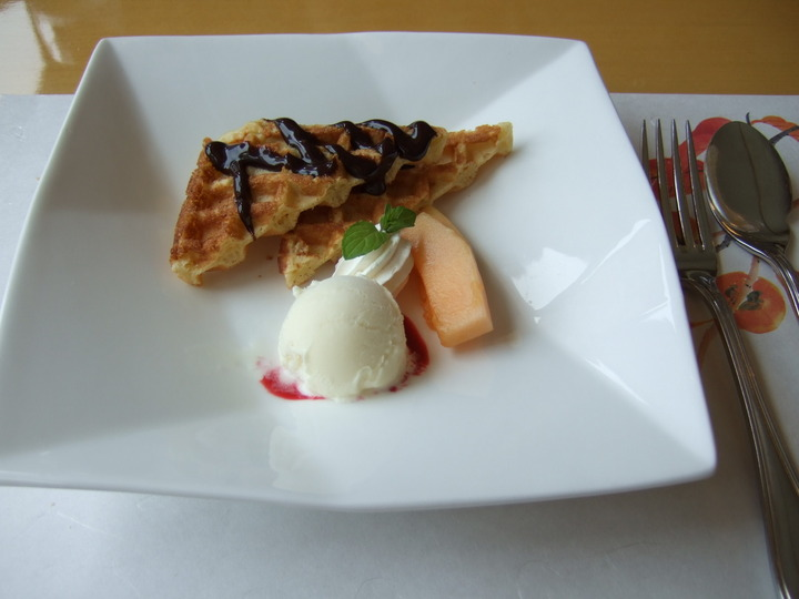 十和田ホテルのレストランでの昼食
