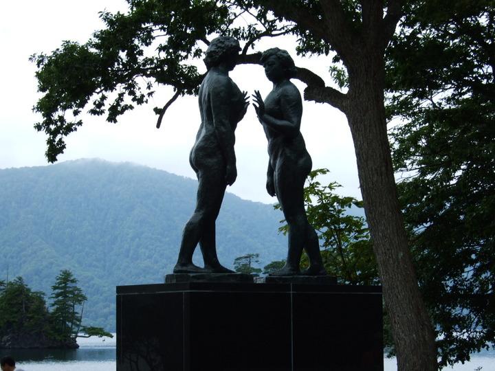 十和田湖の銅像