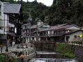 銀山温泉の町並み