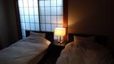 星野リゾートアンジンの離れの部屋のベッド