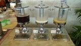 ホテルアンビア松風閣の朝食のドリンクコーナー