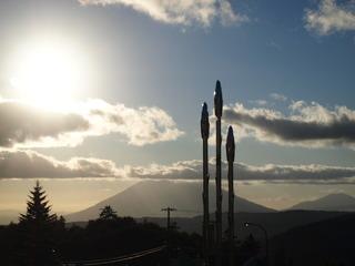 中山峠の名物アスパラガスと羊蹄山