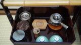 嵯峨沢館の部屋の日本茶セット