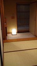 嵯峨沢館の部屋の「玄関」