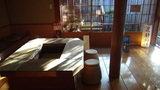 嵯峨沢館の貸切野天風呂「花酔の湯」前の休憩所