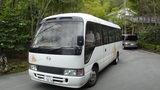 嵯峨沢館の送迎バス
