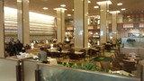 帝国ホテル東京のロビーの「ランデブーラウンジ」全景