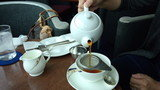 ホテルニューオータニ幕張の24F「ベイコートカフェ」の紅茶セット