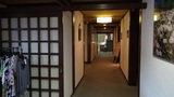 嬬恋プリンスホテルのロビー・売店から客室に続く廊下