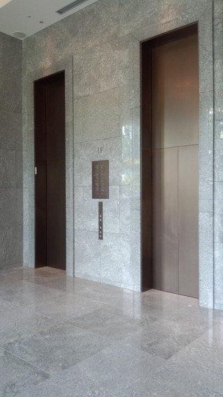 パレスホテル東京のエレベーターホール