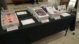 岡山ワシントンホテルプラザのロビーで販売している果物などの土産物
