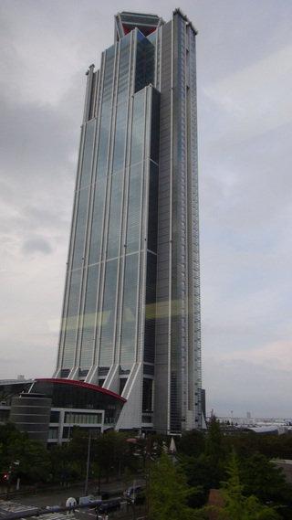 ハイアットリージェンシー大阪の外観