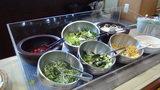 ホテルマウント富士の朝食のサラダバー