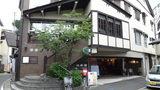 源泉・大日の湯極楽館の外観