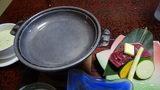 秘湯にごり湯の宿渓雲閣の夕食の陶板焼き