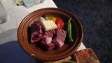 はぼろ温泉サンセットプラザの夕食の牛肉の陶板焼き