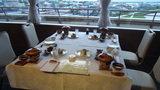 はぼろ温泉サンセットプラザの夕食のレストランの座席