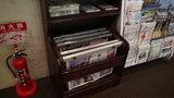軽井沢プリンスホテルウエストのロビーの新聞