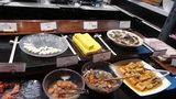 軽井沢プリンスホテルウエストの朝食のかまぼこ、卵焼き、梅干し等