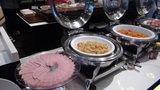 軽井沢プリンスホテルウエストの朝食のハム、芋の煮付、ナポリタン