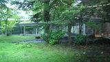 軽井沢プリンスホテルウエストの朝食会場から見える庭園