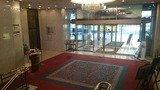 ホテル横浜キャメロットジャパンの一階正面入口ホテル内