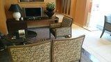京王プレッソイン茅場町のロビーの椅子