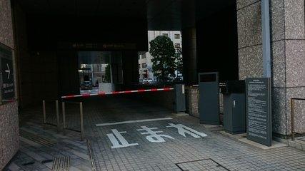 三井ガーデンホテル銀座プレミアの駐車場入口