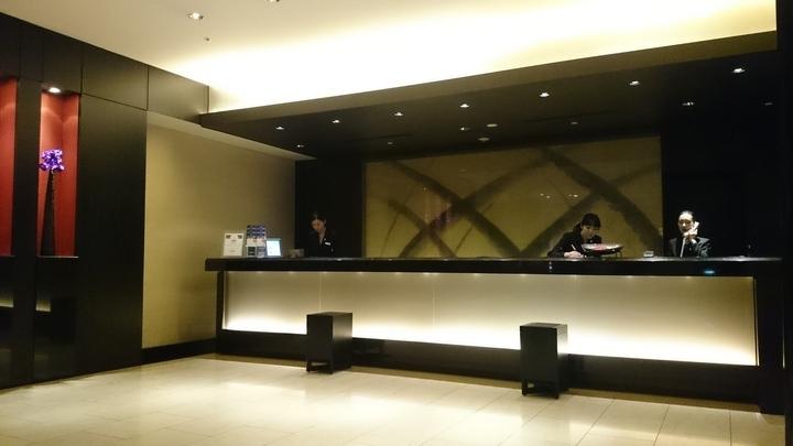 コートヤード・マリオット銀座東武ホテルのフロント