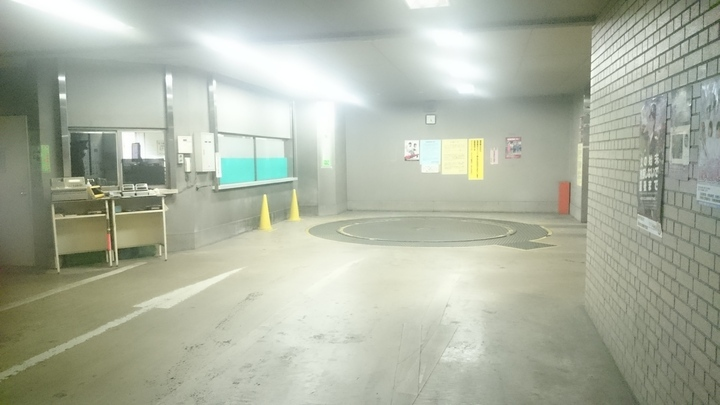コートヤード・マリオット銀座東武ホテルの駐車場