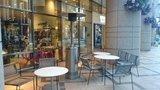 マンダリンオリエンタル東京の暖房機付野外喫茶