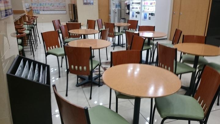 東横イン高崎駅西口2の1階ロビー兼朝食会場