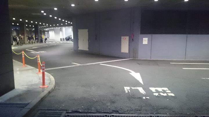 目黒雅叙園の駐車場
