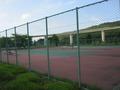 朝里ダムにあるテニスコート