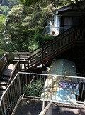 露天風呂に通じる階段