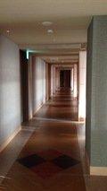 レストラン階の廊下