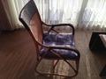 リビングスペースの籐椅子